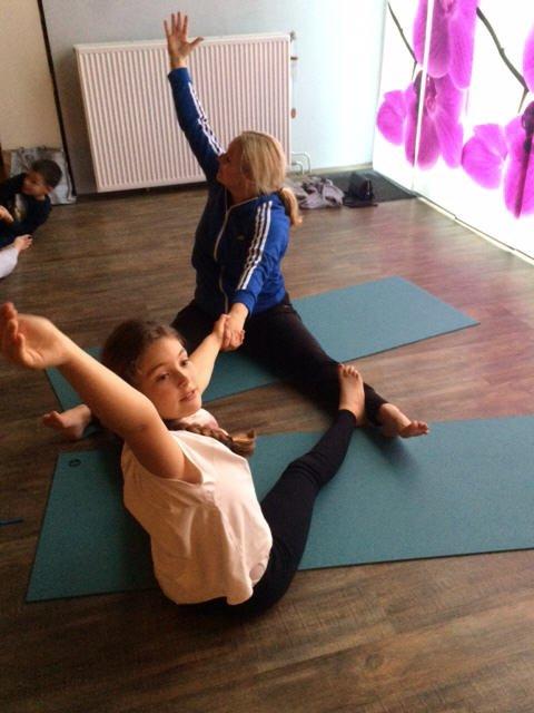 Ouder en tiener yoga